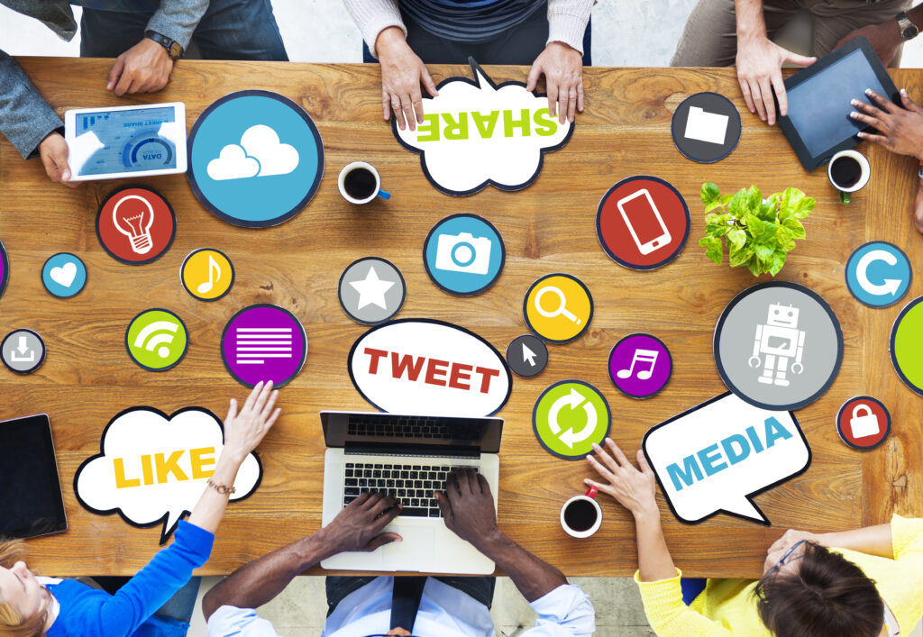 benefits of social media marketing for your business - social media marketing strategizing